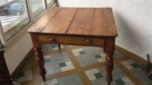 Table ancienne anglaise
