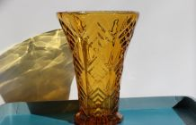 Joli vase JAUNE ambré art déco en verre circa 30/40