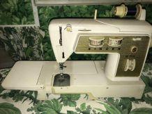 Ma petite machine à coudre Singer vintage