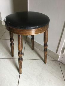 Ancien Tabouret Baumann bois et cuir