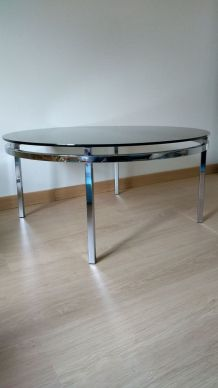 Table basse chrome et verre fumé