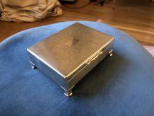 Boîte en métal argenté - Aristocrat E.P.N.S
