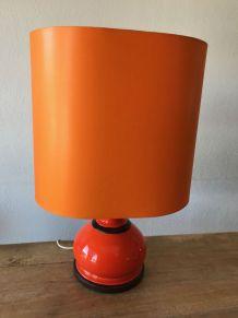 Grande lampe en céramique orange
