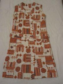 robe a motif vintage 70