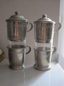 2 Tasses a cafe avec son filtre  aluminium  verre  vintage