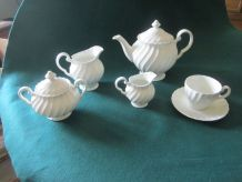 "Service à thé ""Blanche Neige"", Johnson  Brothers"