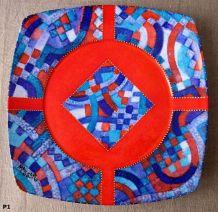 Plat décoratif carré en porcelaine de limoges décoré
