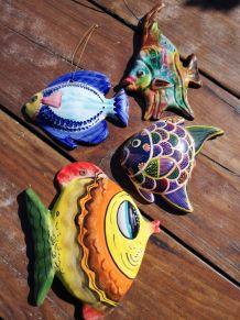Ban de poissons céramique colorée