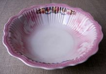 Saladier ancien en porcelaine