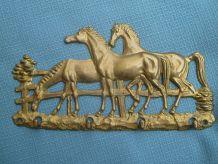 Accroche clées motif chevaux en laiton ;vintage