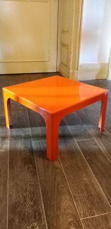 Console vintage orange