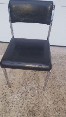 Chaise inox et sķaï vintage