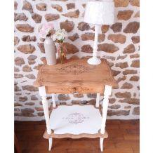 Table de chevet ou petit meuble d'appoint