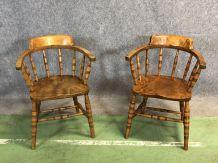 Paire de fauteuils en orme début XXème