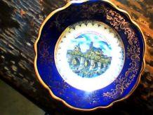 Assiète décorative porcelaine de limoges signée