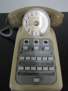 Téléphone standard à cadran