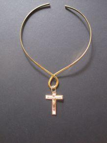 Croix, en métal doré tour du coup Plaqué Or, Christ rivé