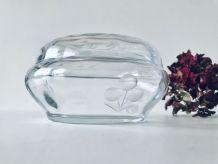 Boite ou bonbonnière en verre taillé