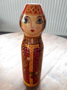 Ancien cache bouteille poupée russe