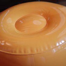 Poufs gonflables oranges année 70