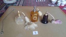 3 flacons à parfum