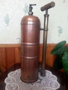 Pulvérisateur ancien Muratori Paris cuivre et laiton
