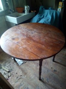 Table Louis Philippe ancienne,
