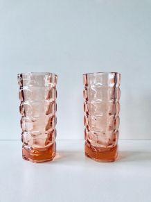 Paire de vases vintage en verre rose