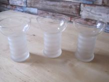 3  verres anciens gravées vin blanc aperitifs