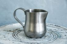 Pot à lait en inox