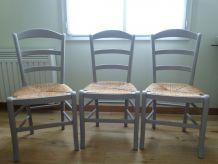 3 chaises bois massif assise paillée très bon état