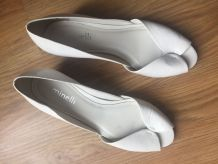 Nu-pieds Minelli en cuir vernis blanc
