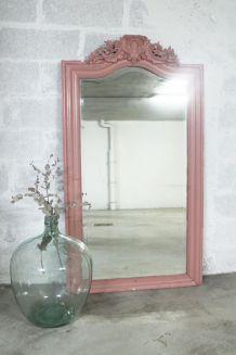 Grand Miroir vintage ancien à moulures vieux rose