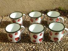 lot de 6 tasses en tole émaillée ,vintage