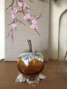 Bonbonnière fruit verre ambré