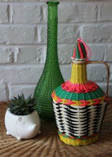 Bouteille en verre décorée scoubidou vintage 50's