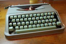 Machine à écrire Hermès Baby