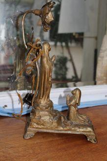 ANCIENNE LAMPE BOÎTE À MUSIQUE AVE MARIA LOURDES
