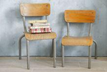 Chaises d'écolier anciennes