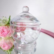 Sucrier, bonbonnière ou boîte à bijoux en verre
