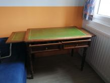 Table / Bureau