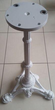 Pied de table  en fonte blanc