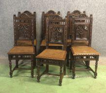 Suite de 6 chaises bretonnes en châtaignier