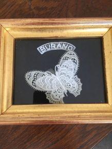 Papillon en dentelle Burano