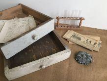 Paire de tiroirs anciens, décoration, rangement