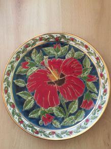 Assiette decorative faites main par LINDOS KERAMIK en Grèce