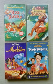 "4 cassettes VHS ""Les grands classiques"" Walt Disney"