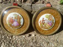 cadres avec medaillon en porcelaine de Limoges