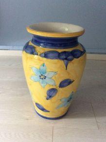 Très beau vase pour gros bouquets