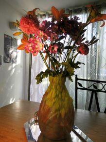 superbe vase en verre moulé  ART NOUVEAU